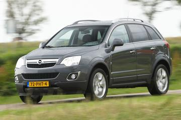 Opel Antara 2.4 4WD Cosmo (2011)