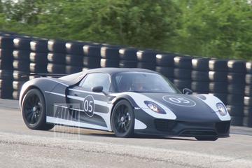 Hij komt, hij komt: Porsche 918 Spyder gespot