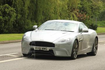 Aston Martin DBS rolt met spierballen in Midlands