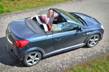 Klokje Rond - Opel Tigra Twin Top 1.3 CDTI