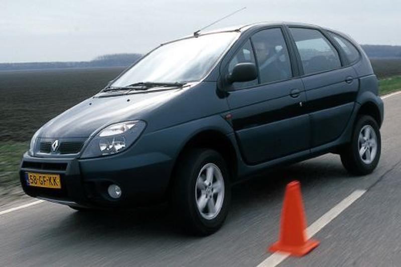 Renault Scénic RX4 2.0 16V (2000)