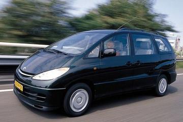 Toyota Previa 2.4 16v VVT-i Linea Luna (2000)