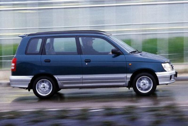 Daihatsu Gran Move 1.6i 16V CX (1999)