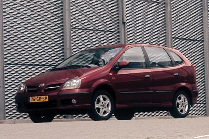 Nissan Almera Tino 1.8 Comfort (2001)