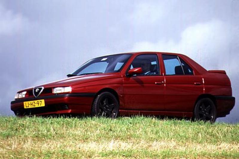 Alfa Romeo 155 2.5 V6 (1995)