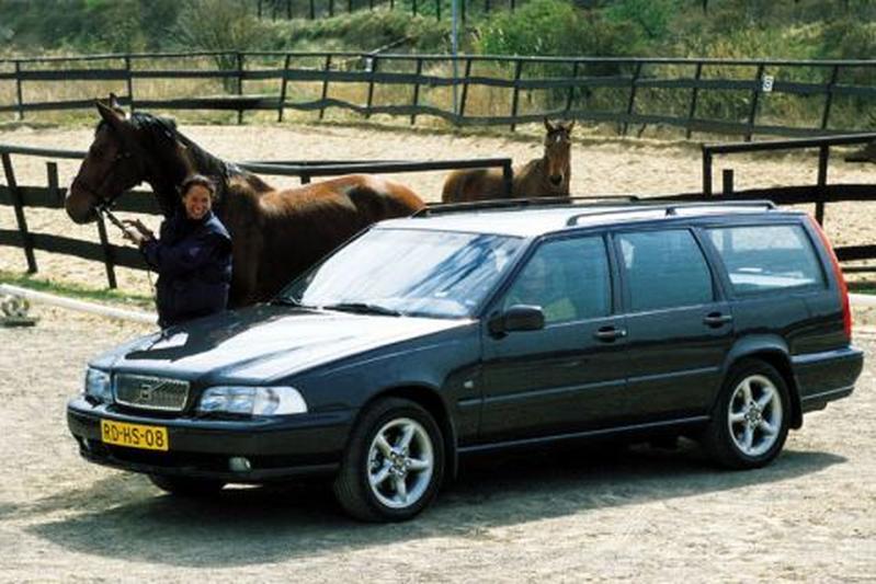 Volvo V70 2.5 T AWD (1998)