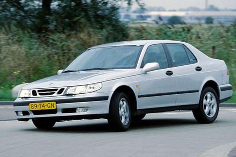 Saab 9-5 2.3 t SE (1997)