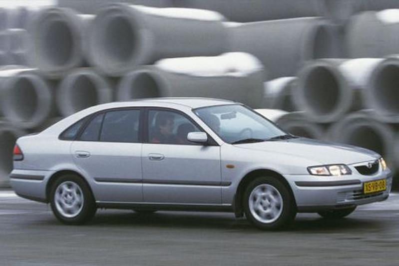 Mazda 626 1.8i GLX (1999)