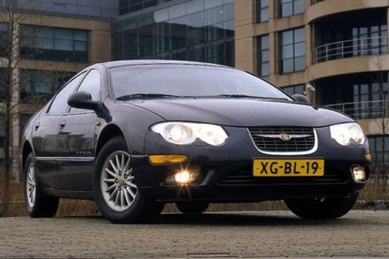 Chrysler 300M 2.7i V6 LE (1999)