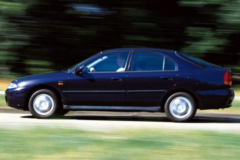 Mitsubishi Carisma 1.8 GDI LX (1998)