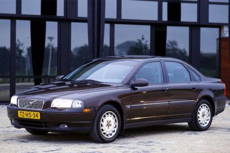 Volvo S80 2.9 (1999)