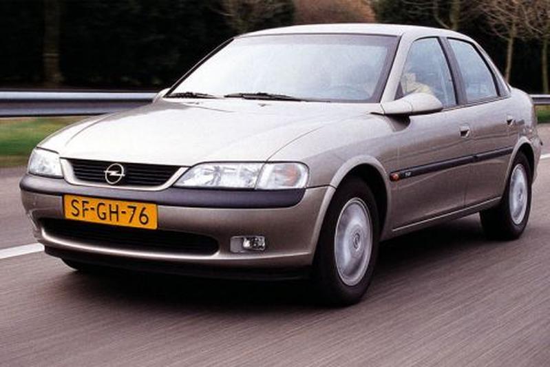 Opel Vectra 2.0 DTi-16V CDX (1998)