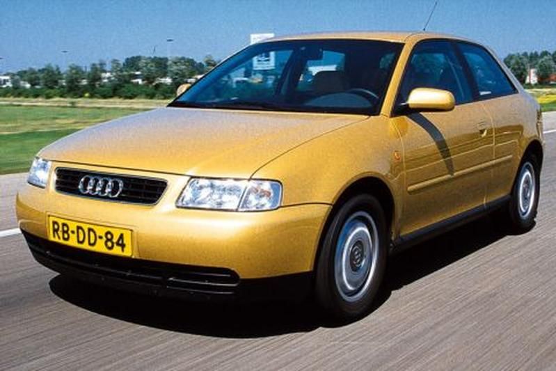 Audi A3 1.6 Attraction (1998)