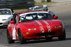 AutoWeek racet mee in de MaX5 cup