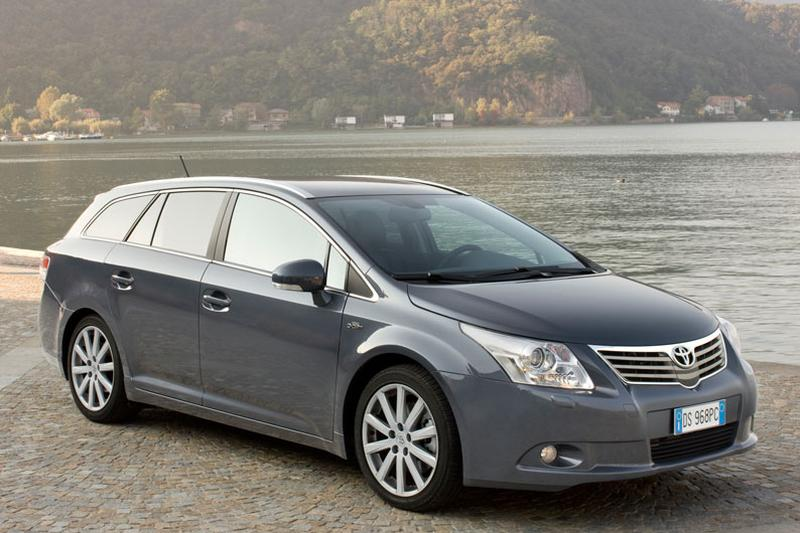 Toyota Avensis Wagon 1.8 VVT-i Business (2011)