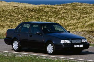 Volvo 460 1.8i (1994)