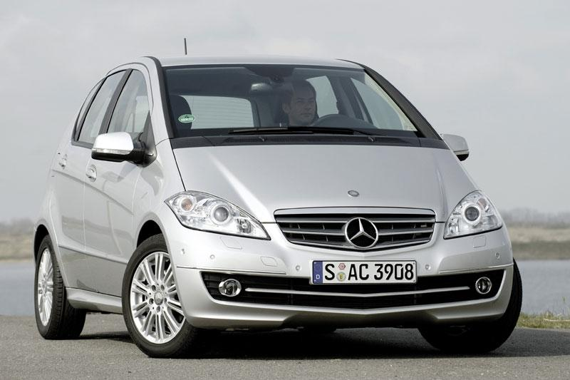 Mercedes-Benz A 160 BlueEFFICIENCY Avantgarde (2010)