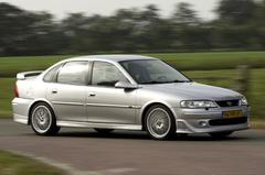 Blits bezit: Opel Vectra i500