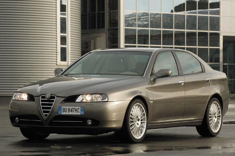 Alfa Romeo 166 2.4 JTDm 20v Distinctive (2006)