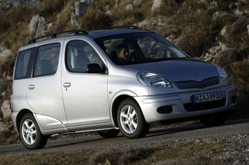 Toyota Yaris Verso 1.3 16v VVT-i Linea Sol (2004)
