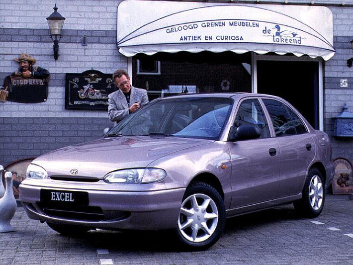 Hyundai Excel 1.3i LS (1996)