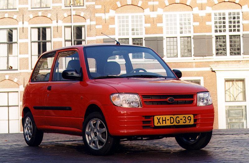 Daihatsu Cuore STi-12V (2001)