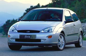 AutoWeek Top 50: Ford Focus I - met peilstok