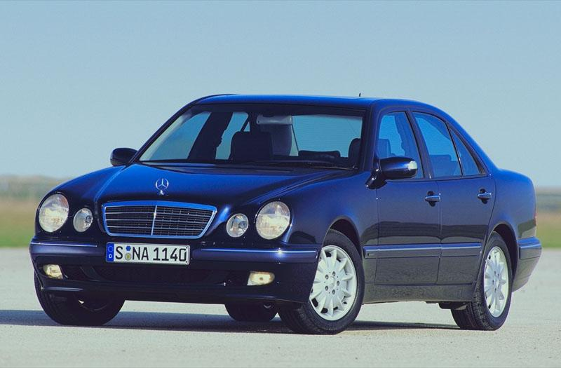 Mercedes-Benz E 270 CDI Avantgarde (2001)