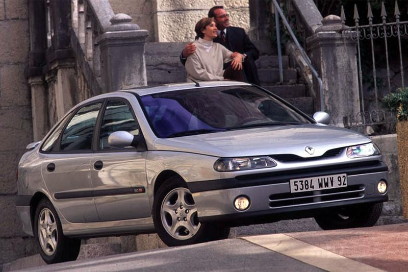 Renault Laguna RXI 1.6 16V (1999)