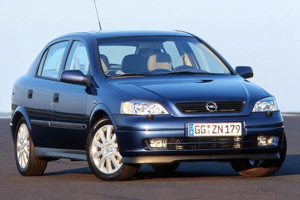 Opel Astra 1.6i-16V Pearl 2001
