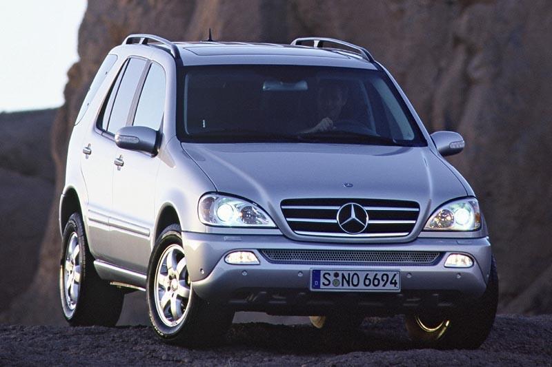 Mercedes-Benz ML 320 (2002)