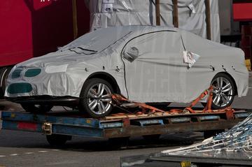 Volkswagen Eos landt op Schiphol