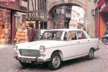Peugeot 404 ziet Abraham