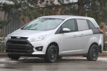 Eerste platformtest nieuwe Ford Galaxy