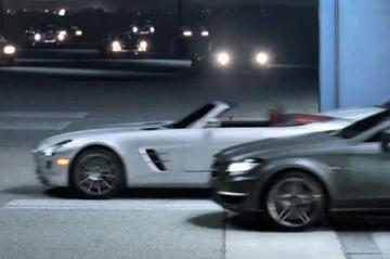 Mercedes-Benz toont SLS AMG Roadster bij Superbowl