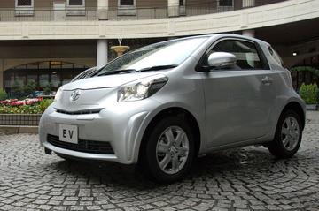 De elektrische Toyota iQ is klaar