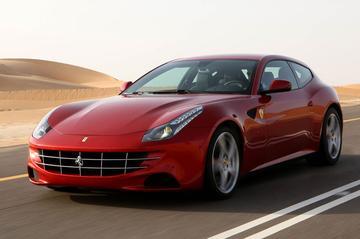 Ferrari met FF op de AutoRAI