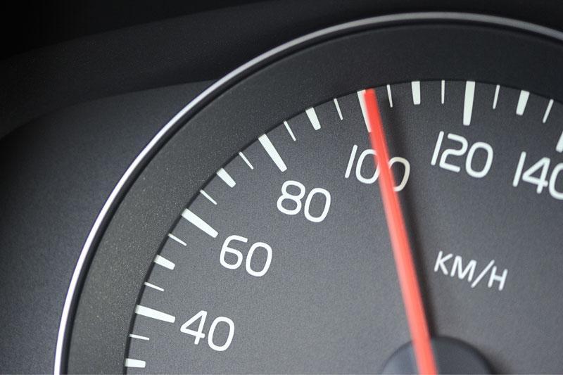 Snelheidsmeter op 100 km/h - ANP