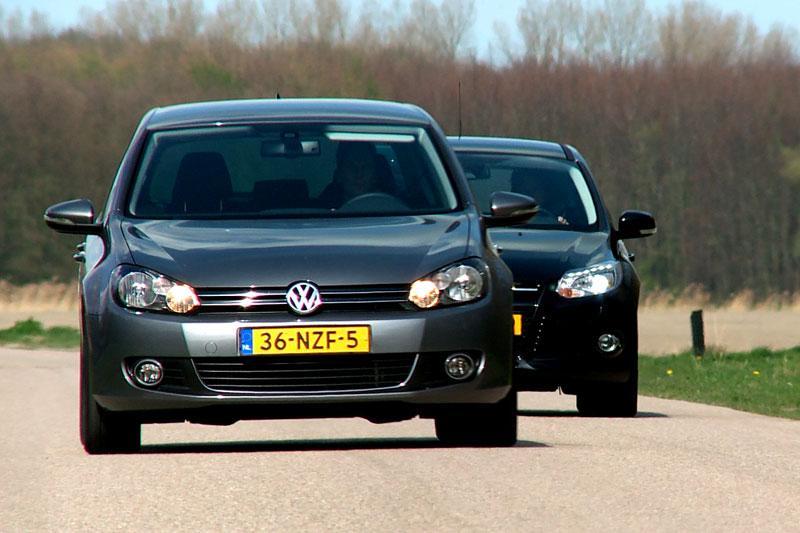 Volkswagen Golf vs Ford Focus