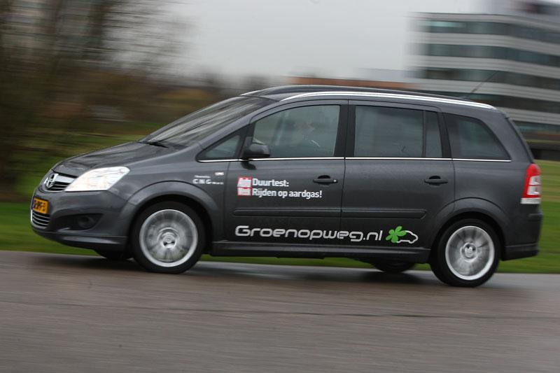 Opel Zafira 1.6 CNG Turbo Ecoflex Cosmo (2010)