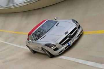 Mercedes SLS AMG Roadster nu eigenlijk officieel
