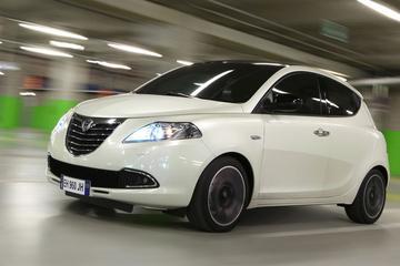 Lancia Ypsilon nu ook in Silver