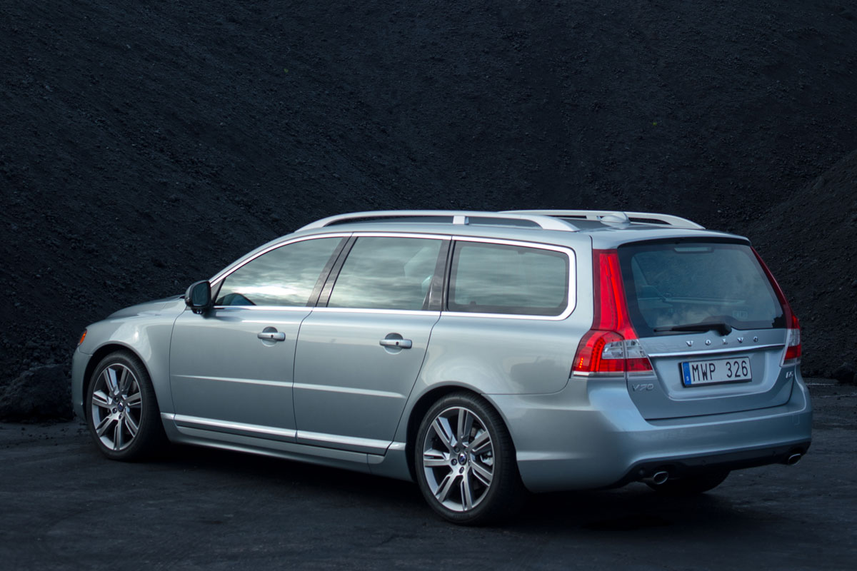 nieuwe motoren voor volvo v70 autonieuws. Black Bedroom Furniture Sets. Home Design Ideas