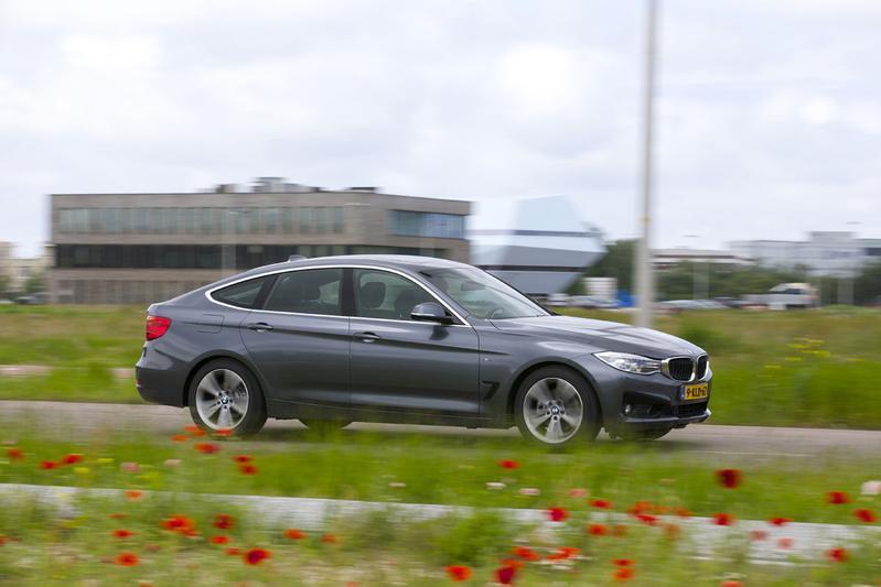 BMW 328i GT High Executive (2013)