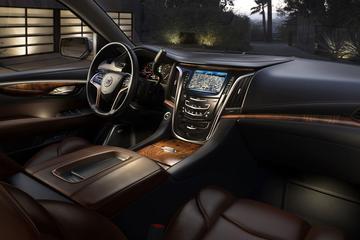 Cadillac plaagt vrolijk door met Escalade