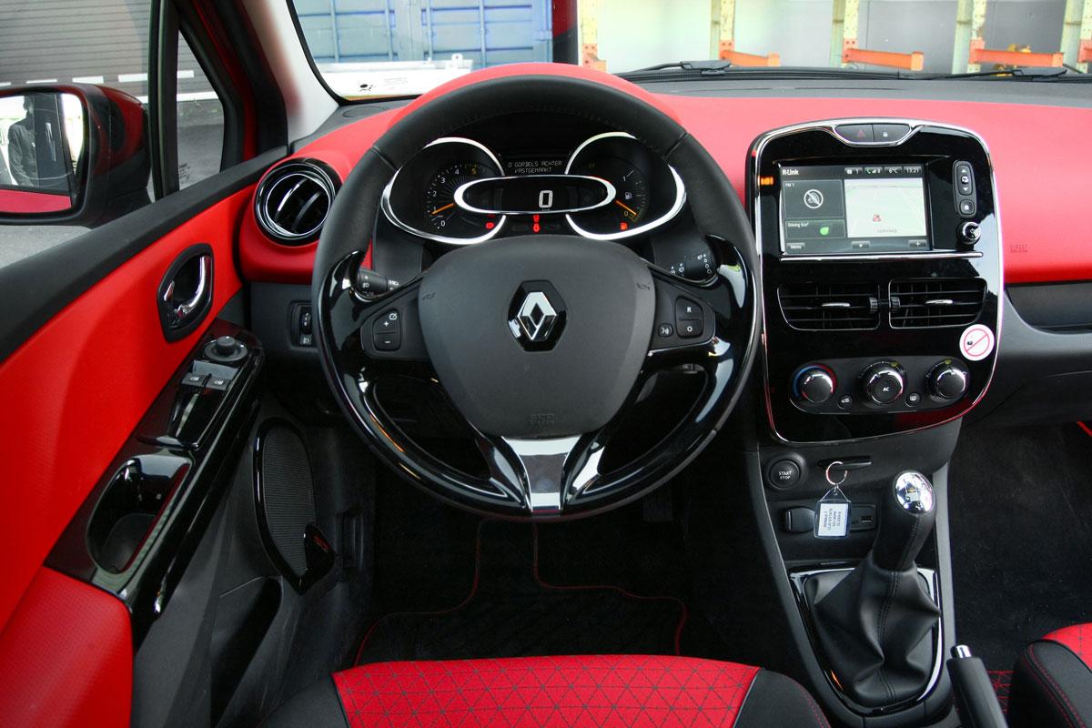 Renault clio estate dci 90 energy dynamique 2013 for Clio 4 interieur rouge