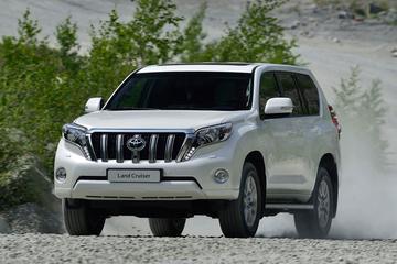 Toyota hangt prijskaartjes aan nieuwe Land Cruiser