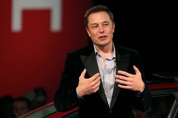 Elon Musk stapt op als bestuursvoorzitter Tesla