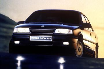 VriMiBolide: Opel Vectra 2000