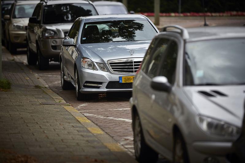 Geparkeerde auto's (foto ANP)